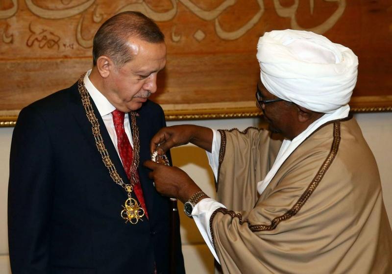 النظام السوداني يتسلّح بوعود تركية للبقاء في السلطة
