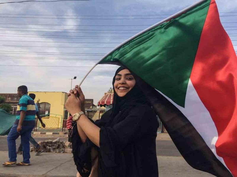 هل فوجئت مصر بالزلزال السياسي في السودان