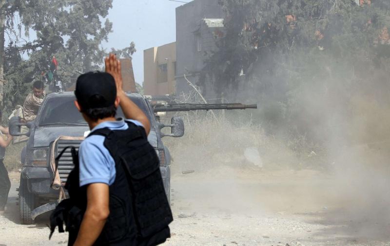 السراج يُمعن في إهدار المال العام الليبي لإرضاء الميليشيات