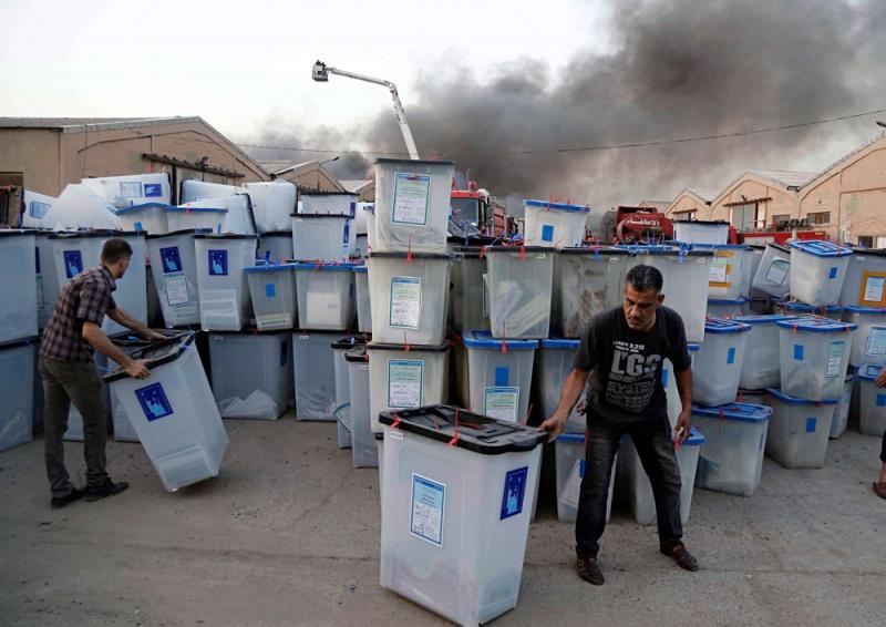 الفرز الجزئي للأصوات يهيئ مخرجا من أزمة الانتخابات العراقية