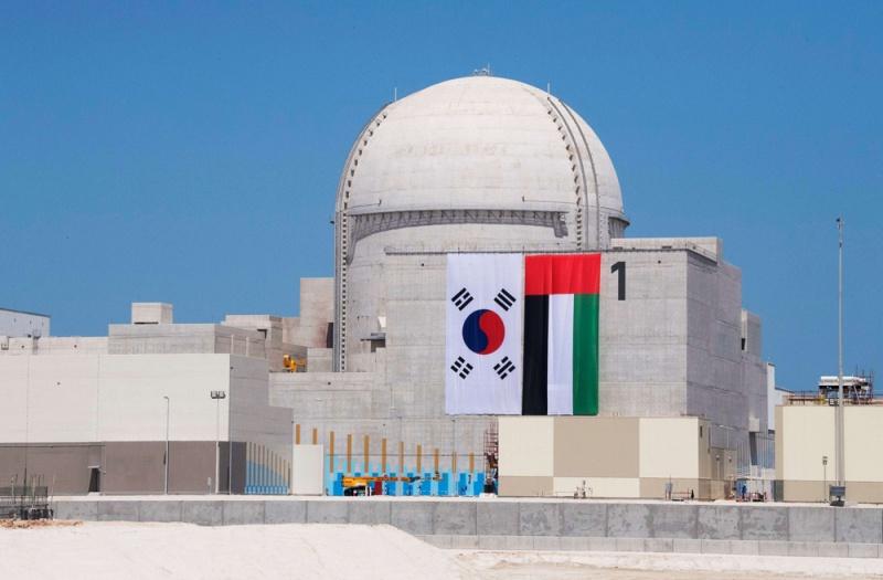 أول مفاعلات الإمارات النووية يدخل الخدمة نهاية 2019