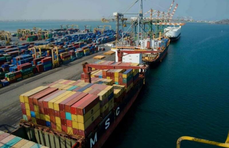 ميناء عدن بوابة اليمن للعالم الخارجي