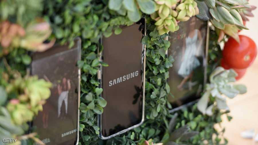 سامسونغ تستعد لطرح هاتفا مختلفا عن إصداراتها السابقة