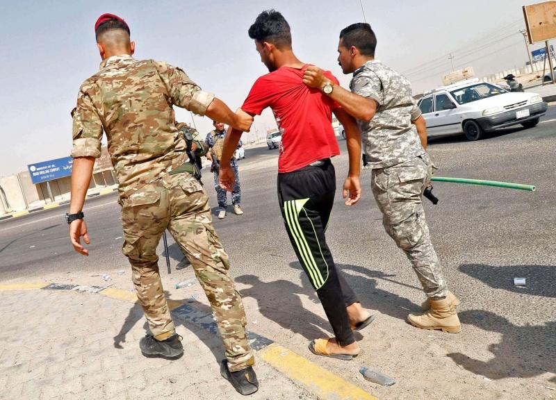 قمع الميليشيات وراء تراجع الاحتجاجات في العراق