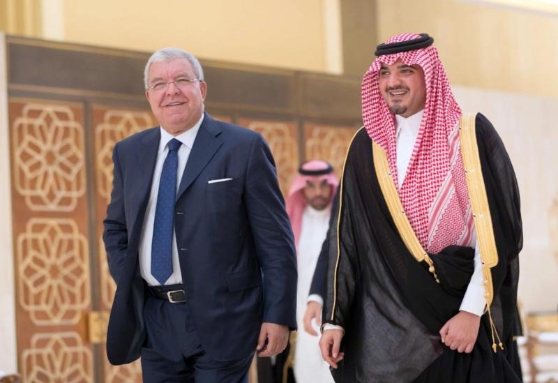 ملفات أمنية محور زيارة المشنوق للسعودية