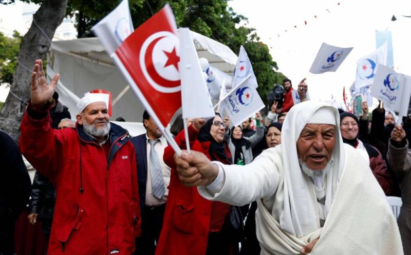 النهضة تناور باستعراض يستحضر خطاباتها عام 2013