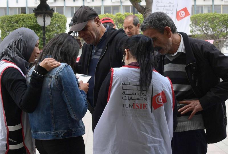 فوضى استطلاعات الرأي تغذي ظاهرة العزوف عن الانتخابات في تونس