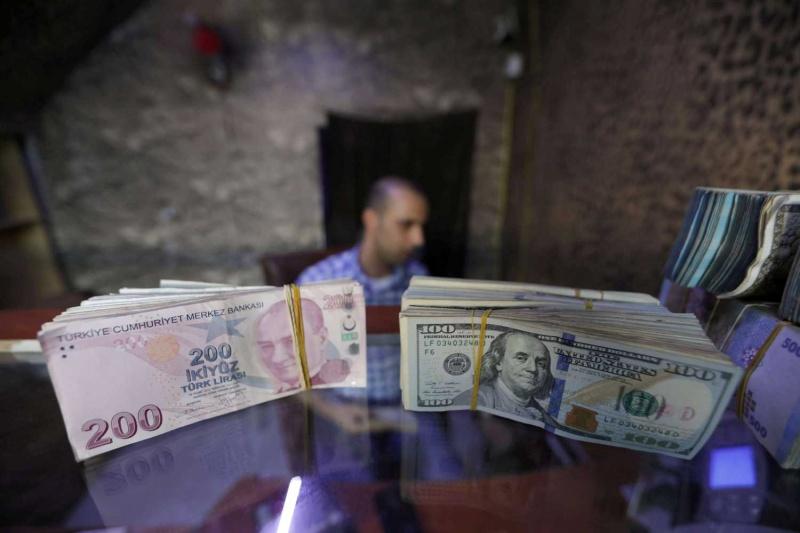 تثبيت الفائدة التركية يؤكد استمرار الأزمات